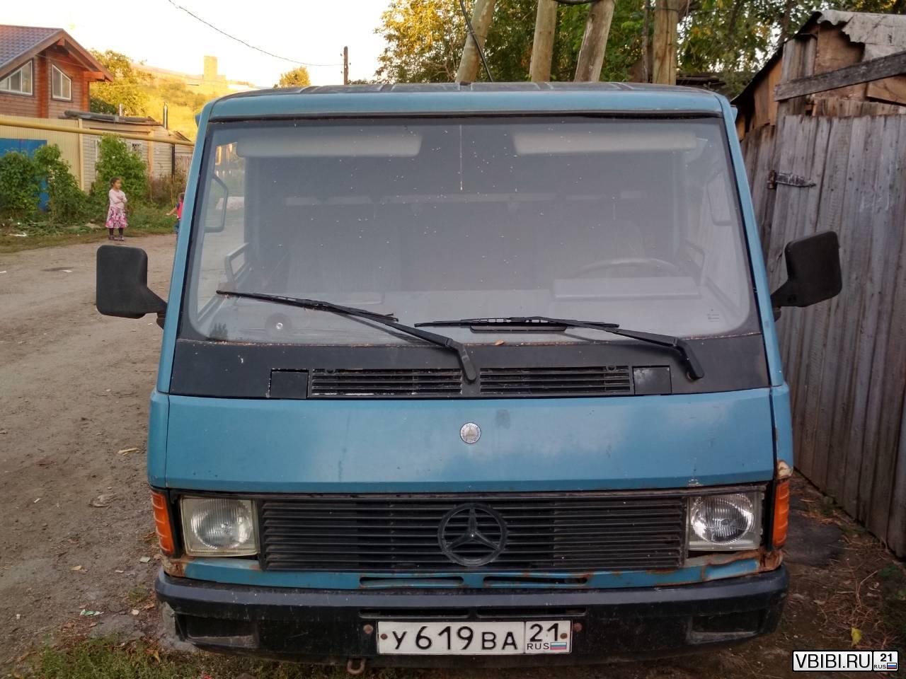 Mercedes-Benz 100d 1989
